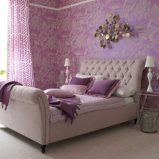 Pakmasti interior decorating bedroom wallpaper design for Bed wallpaper design