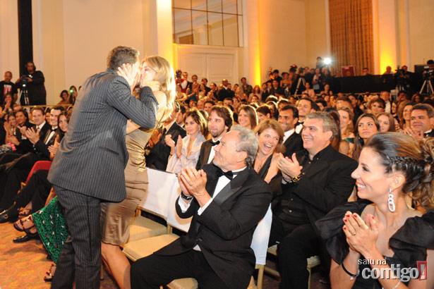 http://2.bp.blogspot.com/_HY1eYiuiqxw/ShSKxbmG3VI/AAAAAAAAFIA/EJ32rXpqpYc/s1600/cerimonia-16.jpg