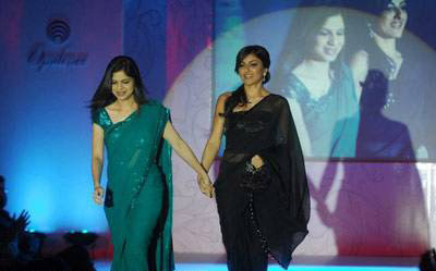 Soha Ali Khan walks on the ramp