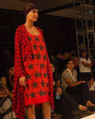 Lisa Haydon at the Kolkata Fashion Week