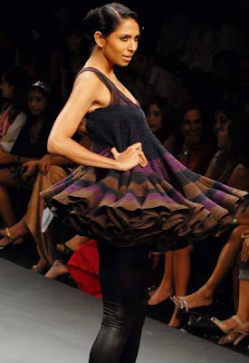 Candice Pinto displays creations in LFW