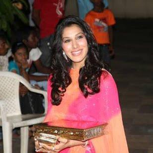 Sophie Choudhary attends Mata Ki Chowki