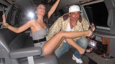 Negar Khan exposing her hot thighs