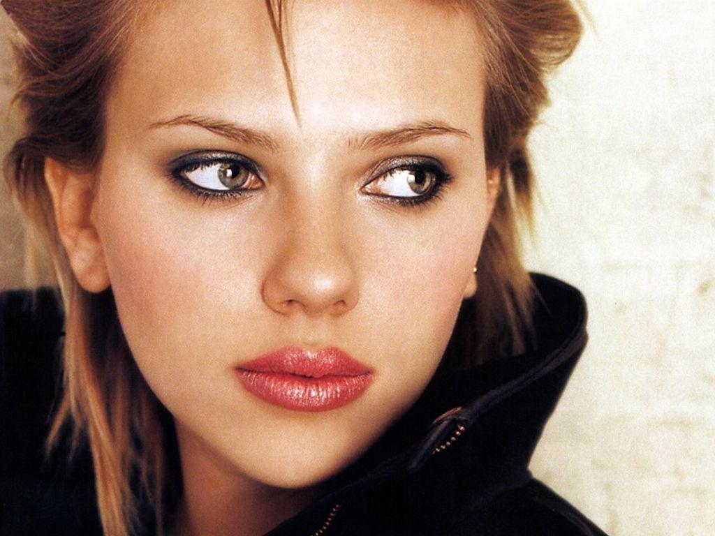 http://2.bp.blogspot.com/_H_h1mxbR0DU/TORKiSB1CDI/AAAAAAAAJQU/hWWXW4Qp0z8/s1600/Scarlett-Johansson-70.jpg%09%20width=650