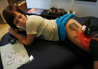 Tatouage capillaire: heureusement que ça repousse!