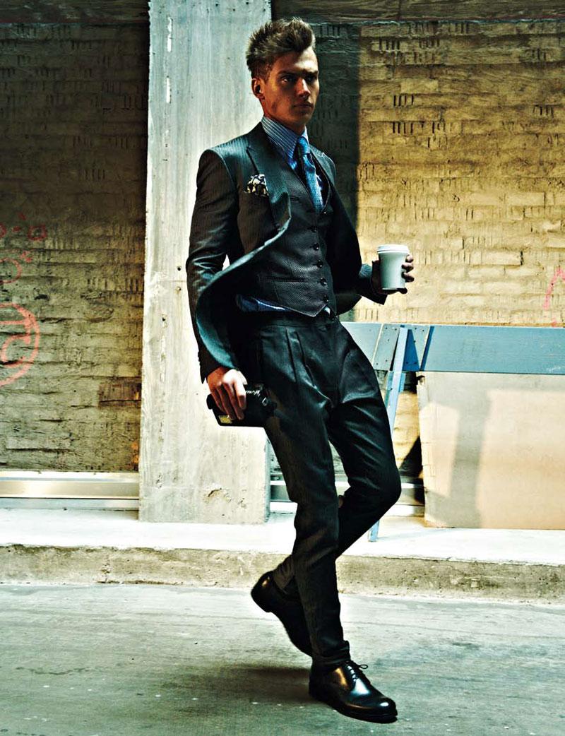 Adentro Style Wall Street Guy