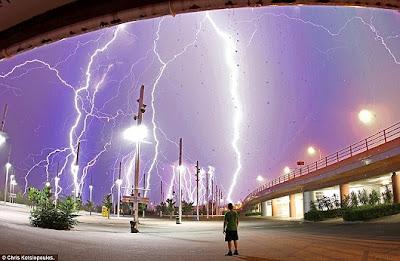 42道閃電 閃電森林 雅典42道閃電的閃電森林
