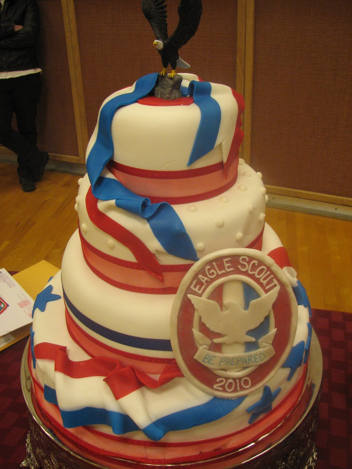 Eagle Scout Cake Ideas http://decadentdesignsbylori.blogspot.com/2011/01/eagle-scout-court-of-honor.html