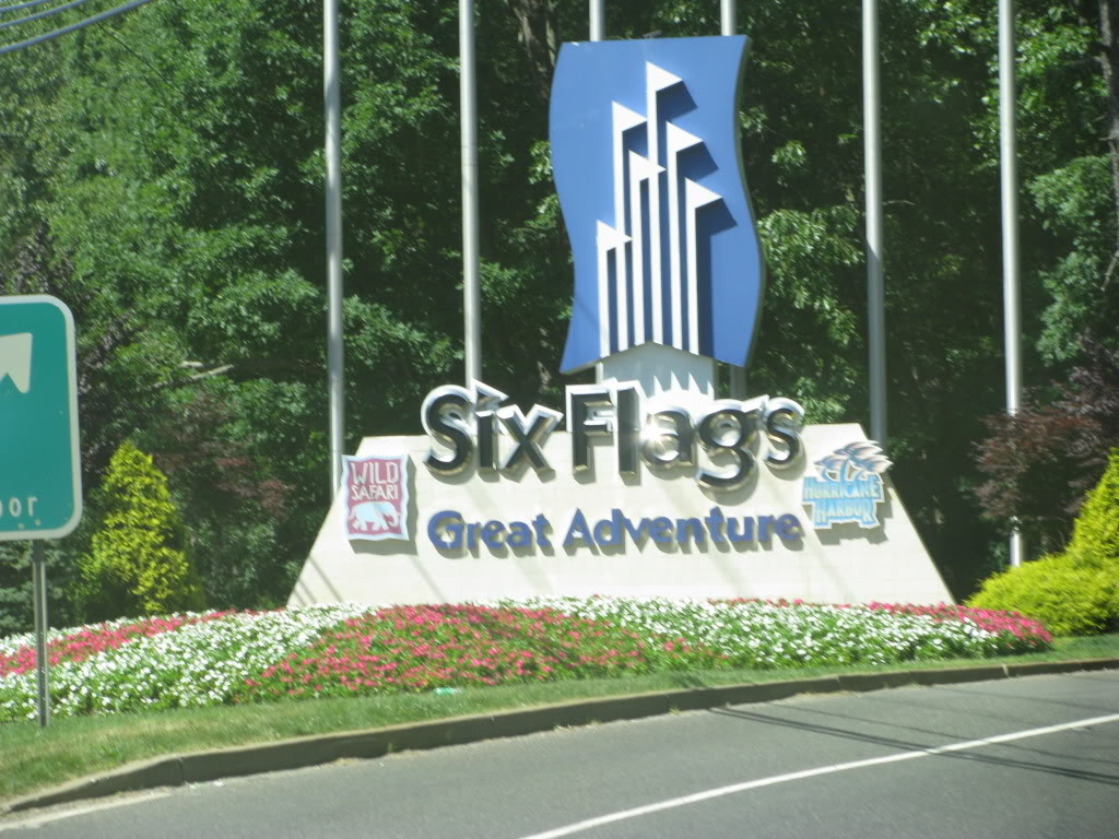 http://2.bp.blogspot.com/_HbLVBNmLKTQ/S6zKG1WwFwI/AAAAAAAAAH4/HNbsUwPKeTU/s1600/SixFlagsGreatAdventureJuly15th20-8.jpg