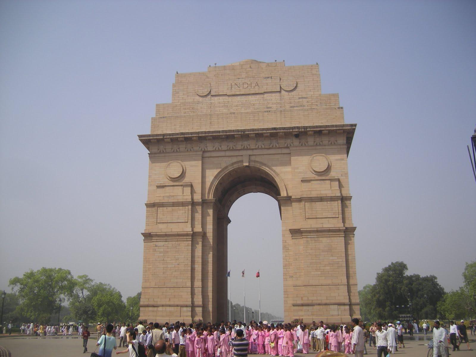 http://2.bp.blogspot.com/_Hbu9Fda2_j0/S63-4EAyRjI/AAAAAAAAADg/R40ggfk0x5s/s1600/India+Gate+1.JPG