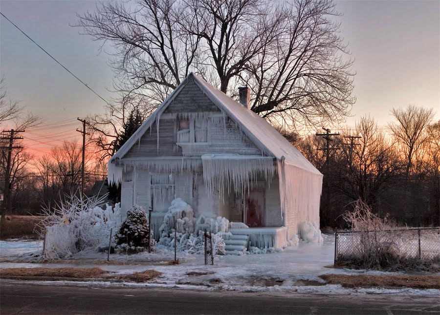 snow covered house - photo #42