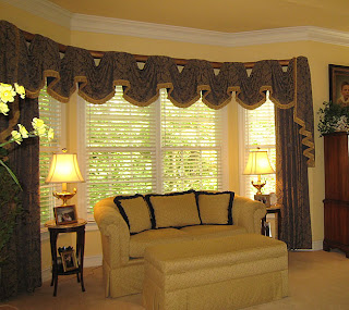 SVift Space Interior Design Living Room Curtains and Drapes