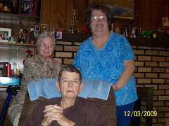 Glen, Helen and Linda Niemeir