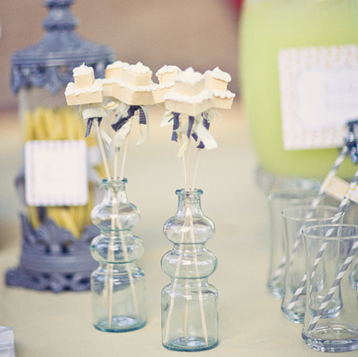 Wedding Decor Dainty Details Mini Wedding Cakes and Lacy Birds