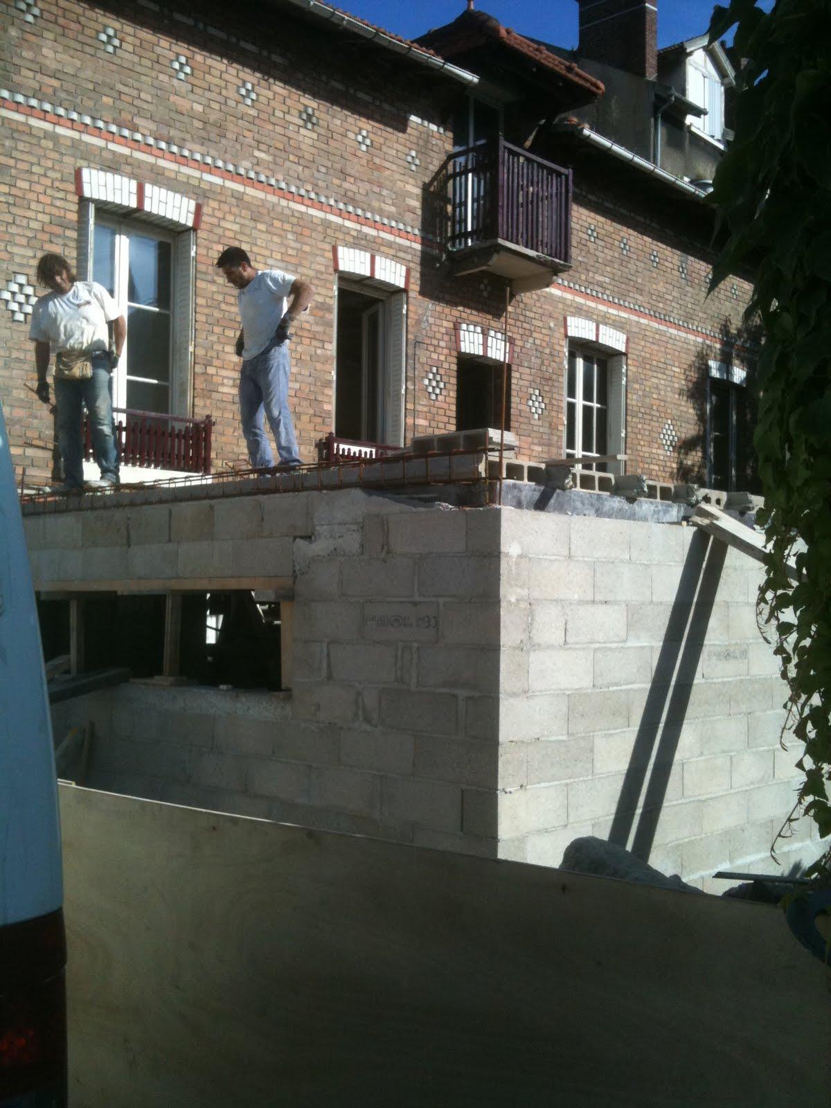Renovation maison villa des fleurs couler une dalle et s for Extension cuisine sur jardin