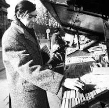 Julio Cortázar y les bouquins