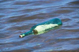 Tapi peristiwa konkret yang terjadi semenjak dulu kala Sejarah 'Bottle Message'