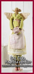SAL Angel Tilda con flor