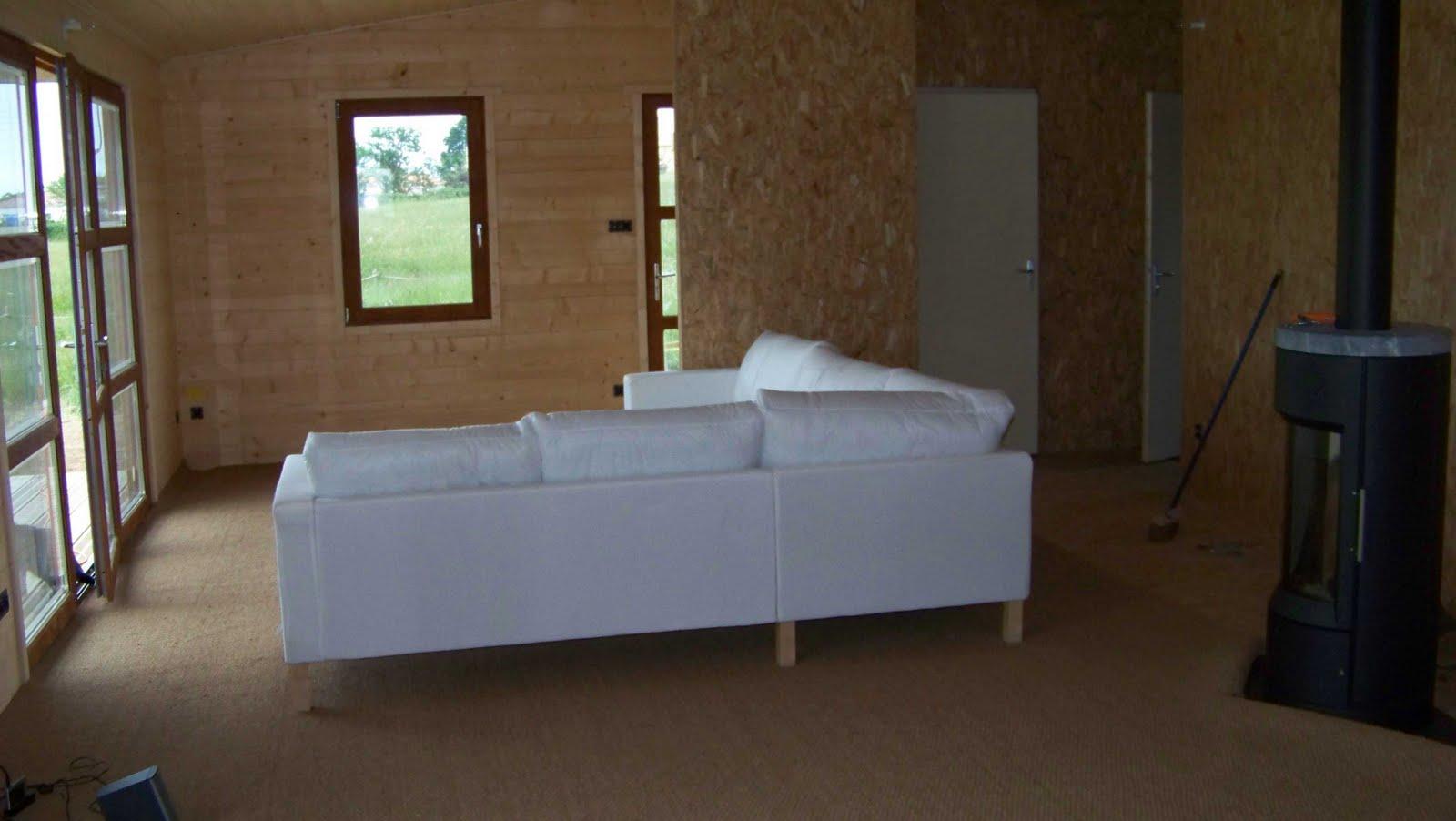 http://2.bp.blogspot.com/_Hjg3DiiCWJA/TA_2X5DZ2WI/AAAAAAAAAxw/ur8BHzdV1nw/s1600/salon+2.JPG