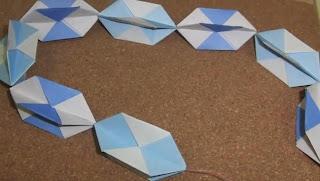 Origami Christmas Garland - Origami Christmas