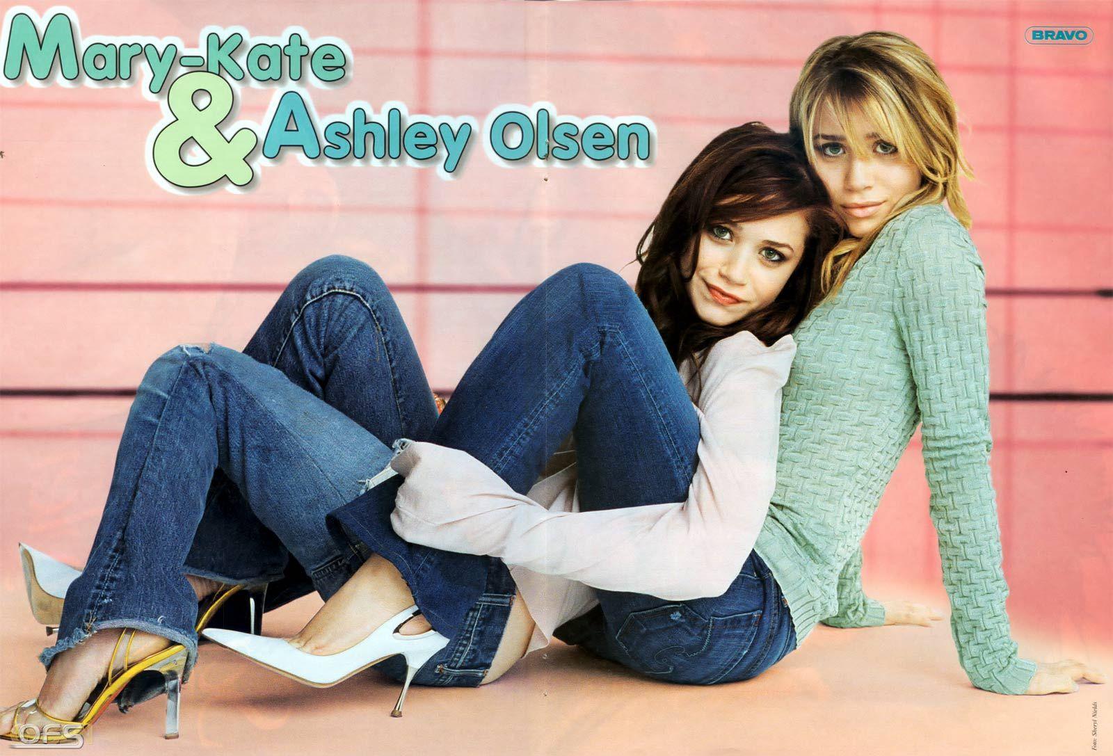 Foot Olsen Twin - Lesbian Pantyhose Sex