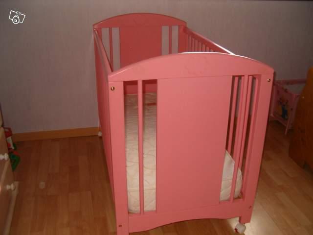 le repere des minigonz commode lit a barreaux vertbaudet collection berceuse cadeaux 200. Black Bedroom Furniture Sets. Home Design Ideas