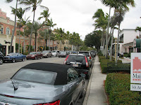 Naples FL, 5th Ave looking south