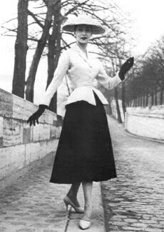 História da Moda: New Look Dior com cintura marcada