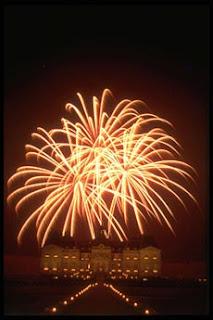 Fireworks at http://www.vaux-le-vicomte.com