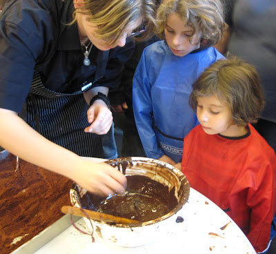 Children make chocolates
