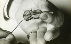 [Image: Tiny+Violin.jpg]