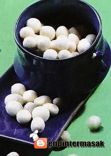 bahan i kacang tanah ½ matang 1 kg tepung tepioka kanji 2 kg bahan ii