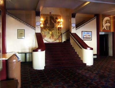Rialto+foyer Doorway to Wonderland...  photo