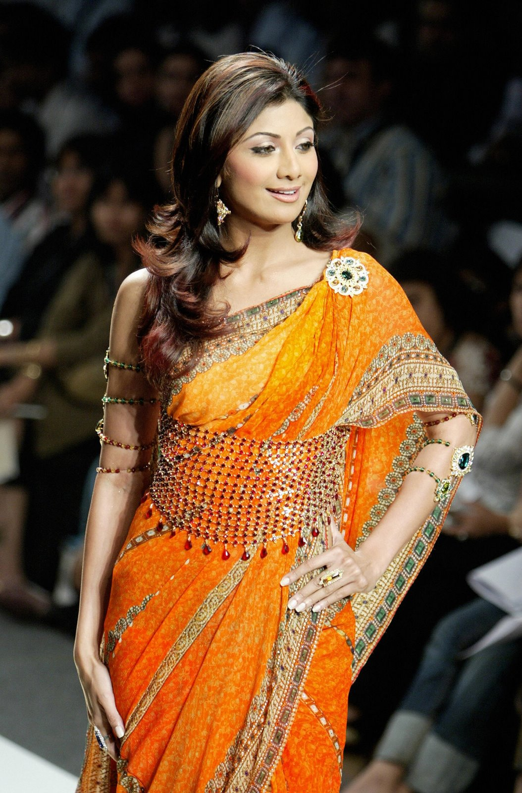 [shilpa_shetty_saree.jpg]