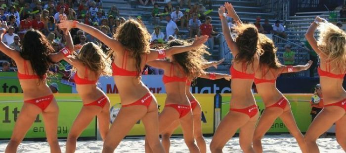 volleyball-support-girls-03.jpg