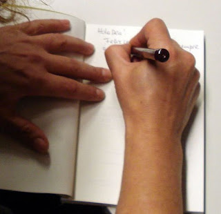 Somos escritores queremos escriturar (Foto y epígrafe resacados de su Flycky-Flicky)