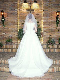 http://2.bp.blogspot.com/_HrgPSi6JcoE/TUdkckTYjNI/AAAAAAAAAF0/c_Mit1ypLNA/s320/my+sad+love+story.jpg