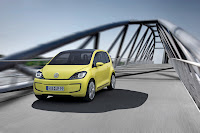 veeup002 2013 Volkswagen E Up city car earmarked for select U.S. markets.