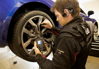 17693919191886395955 Real time viewing of service work on your Audi