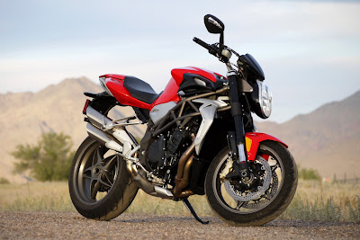 01mvagustabrutalereview2010 2010 MV Agusta Brutale 990R Reviews, Photos