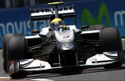 769775198 284292662010 640x4801 Mercedes must not give up on 2010 championship : Nico Rosberg