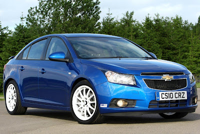 1528823041201242862 Chevrolet Cruze gets styling kit for UK