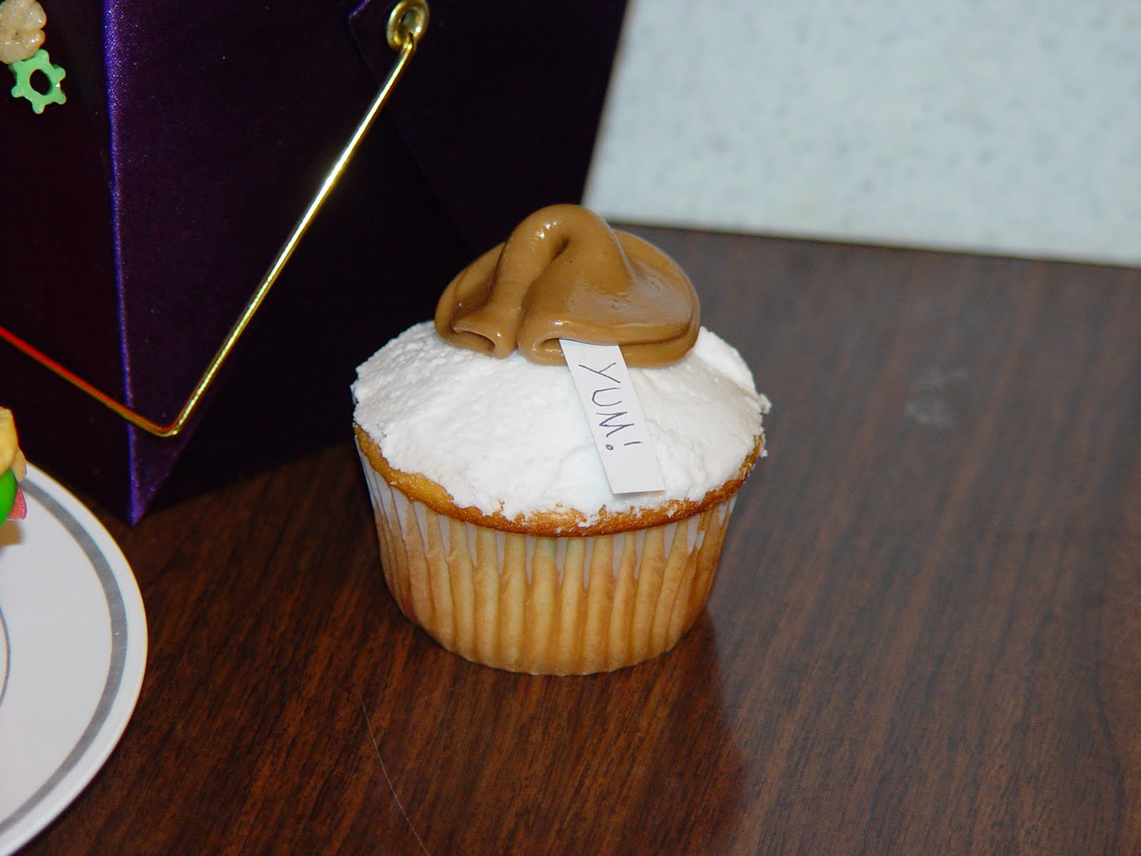 GracieBakes: Chinese Takeout Cupcakes