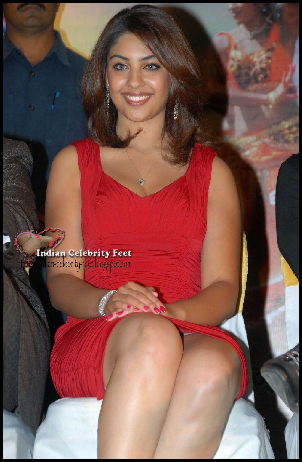 Richa Gangopadhyay Thighs Show