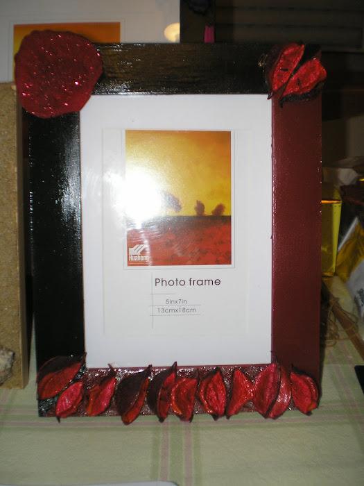 Moldura Preto/Vermelho