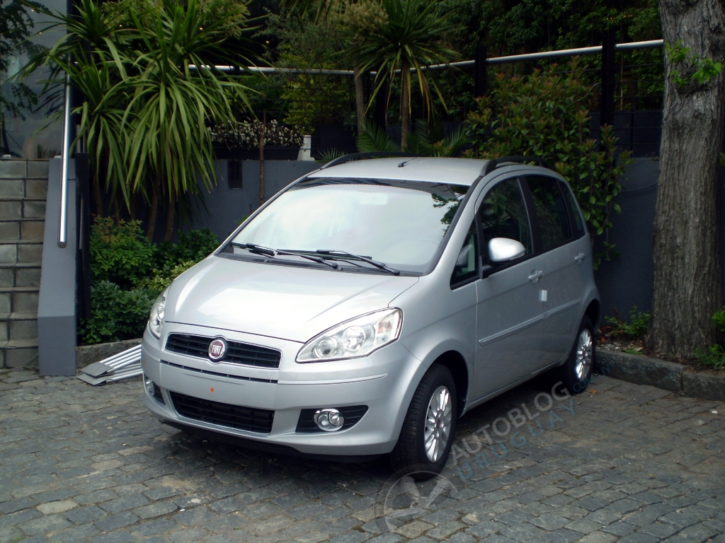 Primera impresi n fiat idea attractive 1 4 autoblog for Precio fiat idea attractive 2013