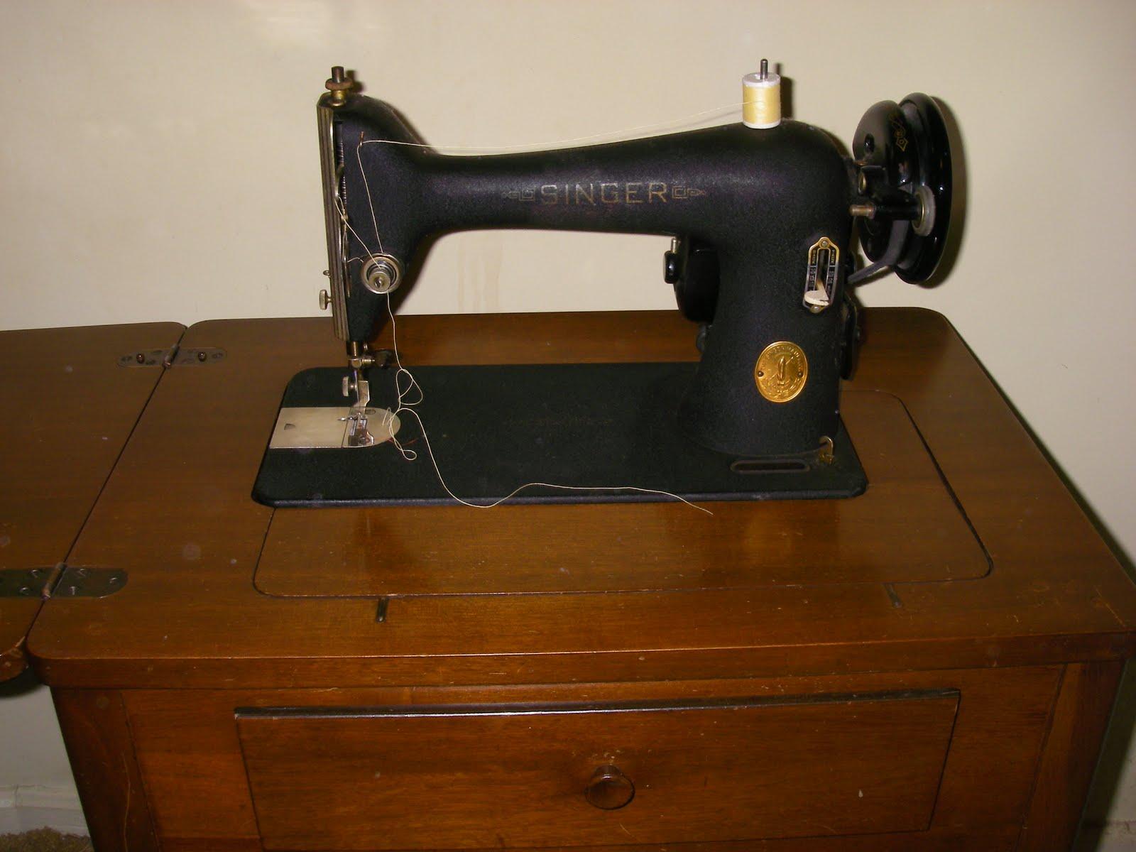 Yard Sale Furniture Estate Sale Singer Sewing Machine In