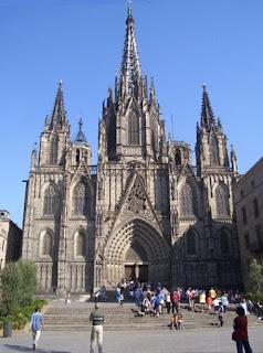 Viaje Exotico por Barcelona, una ciudad literaria Catedral_barcelona