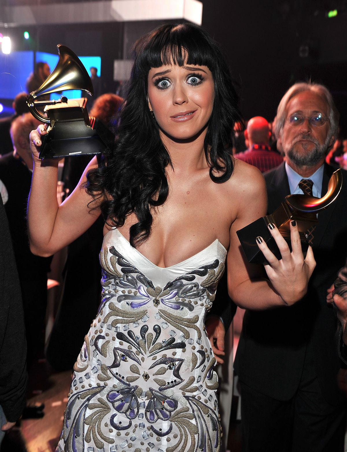 http://2.bp.blogspot.com/_I0sctaBuCPU/TNqqsIoPMDI/AAAAAAAAABs/qdUyyfTyC2g/s1600/katy-perry-grammy-nominations-2010-pictures-4.jpg
