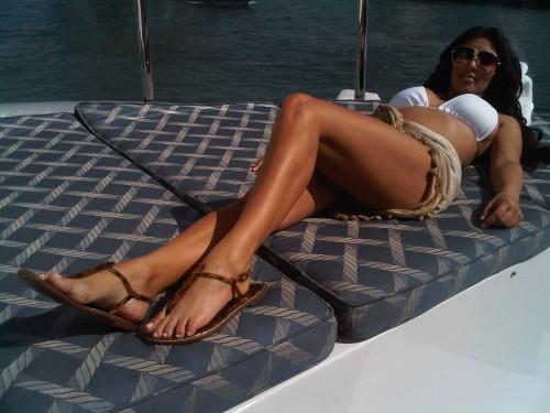 kim kardashian twitter bikini photo. Kim Kardashian: Twitter Bikini
